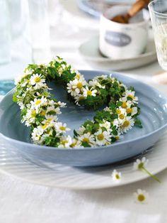 Daisy Heart Wreath