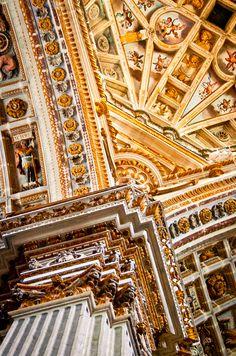 Versailles, France #Architecture www.plaisirsdefrance.co.za