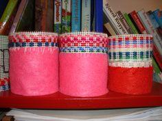 Borduren op stramien in combinatie met vilt. Groep 5/6 OBS Woold. Art Supplies, Crafts, Circuit, Craft Work, Manualidades, Handmade Crafts, Craft, Crafting