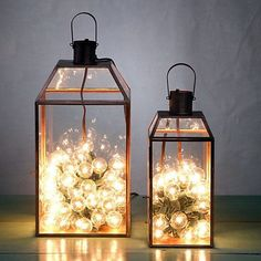 We have DIY Creative, Rustic and Romantic Wedding Lighting Outdoor Ideas that will enhanced you wedding receptions. Exterior lighting doesn't need to be costly. Colored lighting may add new a… Christmas Lanterns, Christmas Decorations, Holiday Decor, Christmas Bulbs, Cage Deco, Decoration Evenementielle, Deco Restaurant, Lanterns Decor, Decorating With Lanterns