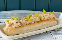Want to get your lobster roll fix, but a healthier way? Here's how to make a vegan lobster roll, straight from the executive chef of vegan restaurant chain By Chloe. The fish-free star ingredient in this version of the summer-staple recipe? Hearts of palm.
