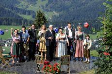 Foto: ZDF/Thomas R. Schumann Montana, Dolores Park, Portraits, People, Travel, Mountain Range, View Tv, Movie Stars, Farmhouse
