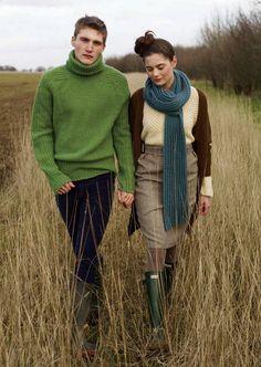 97d96c3e089987 izzy lane - I love layered sweaters. should start doing that. Hunter  Wellington Boots
