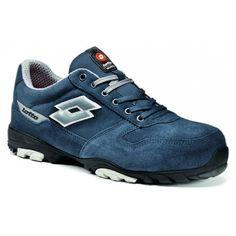 """Zapato Lotto Energy FLEX 700 EN ISO 20345 S3 SRB azul Referencia  Q8413 Marca:  Industrial Starter  Empeine: Piel vuelta con aplicaciones de reflex, impermeable  Forro: tejido transpirable Air Mesh  Suela exterior: TPU/EVA  Plantilla: Antiperforación """"cero"""" de elevada flexibilidad (material textil)  Puntera: ALcap (aluminio)  Tallas: 38/47"""