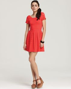 Saw Rachel Berry wear this on Glee and now I want it!