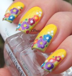 Spring Floral Nail Design <3 it definitely makes me happy with the flowers blooming