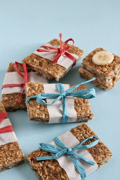 Peanut Butter Pretzel Clif Mojo Bar Recipe. Genius. No added Sugar. No Creepy Ingredients.