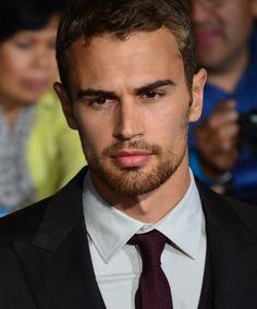 Divergent (novel) - Wikipedia, the free encyclopedia