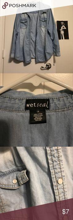 Wet Seal pearl snap super soft denim shirt. Wet Seal, pearl snap, super soft, pre-loved denim shirt. Wet Seal Tops Button Down Shirts