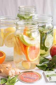 Clean and delicious infused detox waters for the New Year | www.evermine.com