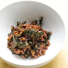 Red Wine Farro Risotto (Farrotto!) with Kale! Then you can drink the rest of the wine, win-win!