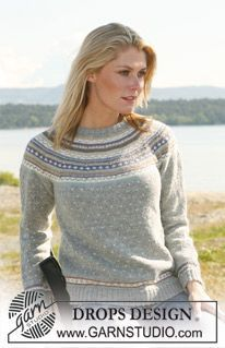 "DROPS jumper in ""Alpaca"" with raglan sleeve and multi colored pattern. Long or short sleeves. Size XS - XXL ~ DROPS Design"