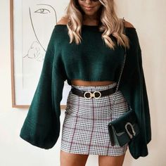 11 Casual Outfits That Make You Look Cool Mode Outfits, Trendy Outfits, Fall Outfits, Summer Outfits, Fashion Outfits, Plaid Skirt Outfits, Autumn Skirt Outfit, Green Sweater Outfit, Green Plaid Skirt