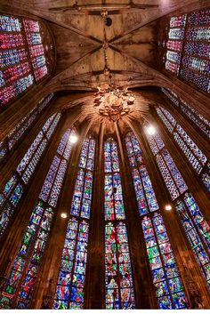 This beautiful stained glass is from the Aachen Cathedral in Aachen, Germany. It is a Roman Catholic Church. The link takes you to the photgrapher's website where he or she explains the technical details of the photograph. Aachen Cathedral, Cathedral Church, Places Around The World, Around The Worlds, Aachen Germany, Church Architecture, Ancient Architecture, North Rhine Westphalia, Roman Catholic