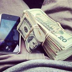 Money and iPhones <3