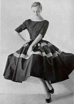 Balenciaga, 1955