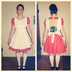 2013 Halloween Costume. Vicki the robot from Small Wonder. http://nataliedejohn.blogspot.com/