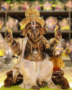 Durga Images, Ganesh Images, Ganesha Pictures, Jai Ganesh, Ganesha Art, Lord Ganesha, Maa Durga Image, Durga Maa, Happy Ganesh Chaturthi Images