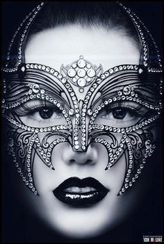 Jeweled Mask~ ♛