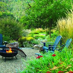Simple and Impressive Tips: Simple Fire Pit Hot Tubs fire pit wall fireplaces.Fire Pit Terrace Stone Patios easy fire pit back yard. Large Fire Pit, Easy Fire Pit, Fire Pit Wall, Fire Pit Decor, Fire Pit Chairs, Fire Pit Seating, Seating Areas, Gazebo With Fire Pit, Fire Pit Backyard