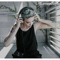 «#LoversStyle#tomboy#tomboys#tomboylook#tomboyfashion#tomboylookbook#pride#tomboyclothing#Dyke#Unisex#tattoedgirls#Androgyny#androgynous#lesbian#lesbianstyle#lgbt#style#instalesbians#gilswholikegirls#lesbianfashion#lookbook#fashion#gaygirl#boi#лгбт#томбой#дайк»