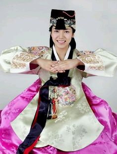 Hanbok (Traditional Korean Dress)
