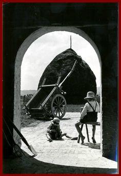 MACERATA-GIOCHI DI PICCOLI CONTADINI-VECCHIA FOTO D EPOCA/OLD PHOTO ANNI 50