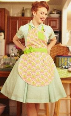Love these aprons from @ShabbyApple - too cute!