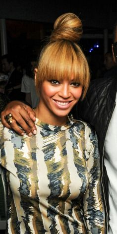 Beyonce know with bangs Ponytail Hairstyles, Hairstyles With Bangs, Wedding Hairstyles, Blonde Hairstyles, Updos, Natural Hair Styles, Short Hair Styles, Bun Styles, Perfect Blonde Hair