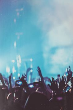 Aucune idée cadeau ? Lui offrir un concert en faisant un cadeau en commun peut être une solution. Utilisez Greenpitaya (www.greenpitaya.com/fr) pour récolter l'argent avec vos amis !