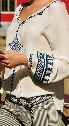 Bohemian Tops, Boho Fashion, Fashion Looks, Womens Fashion, Looks Style, My Style, Cute Shirt Designs, Moda Boho, Mode Chic