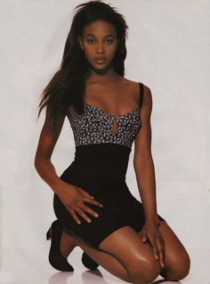 1988 -☆ Naomi Campbell in Junior Gaultier. Dress by Eamonn J. Top Models, Black Models, Female Models, Women Models, 90s Fashion, Fashion Models, Fashion Beauty, Irina Shayk, Black Girl Magic