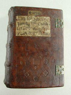 Latinsk læsebog. Bordesholm ca. 1470. GkS 1634 4º 22,4 x 14,5 cm.