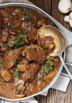 Pork Medallions in Mushroom Marsala Sauce Mushroom Marsala Pork Tenderloin - a favourite one-pan, 30 minute meal!Mushroom Marsala Pork Tenderloin - a favourite one-pan, 30 minute meal! Meat Recipes, Cooking Recipes, Skillet Recipes, Pasta Recipes, Pork Casserole Recipes, Recipies, Cooking Pasta, Cooking Rice, Cooking Steak