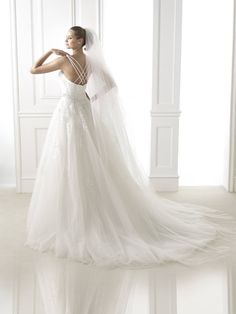 Pronovias Branca Off White Off White, One Shoulder Wedding Dress, Wedding Dresses, Bridal Veils, Sexy, How To Wear, Collection, Rooms, Fashion