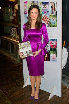 .Pippa in purple