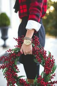tie neck blouse, plaid sweater, christmas look, holiday outfit ideas, holiday party look // grace wainwright from a southern drawl outfits Plaid Holiday Outfit Christmas Look, Tartan Christmas, Holiday Looks, Christmas Fashion, Country Christmas, Christmas Colors, Winter Christmas, Christmas Time, Christmas Wreaths