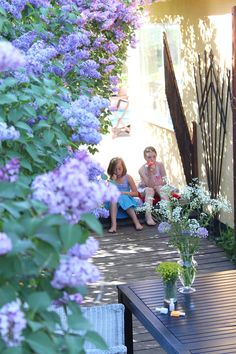 I think the best way to enjoy lilacs! My childhood soul is with these two and their ice cream.