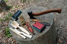 Green Woodworking, Cheer Party, Knife Sheath, Walking Sticks, Craft Party, Tool Box, Hand Tools, Spoons, Wood Working