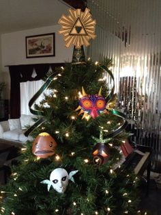 Zelda Christmas tree. one of my favorite games! Majoras Mask!