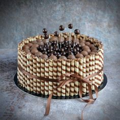 Roletti torta - rolettis csokitorta  Wafer stick cake Easy Kids Birthday Cakes, Sweet Recipes, Cake Recipes, Biscuit Cake, Mousse Cake, Cake Art, I Love Food, Cake Designs, Food To Make