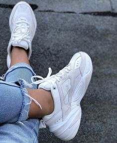 Trendy How To Wear Nike Trainers Sneakers Ideas Moda Sneakers, Shoes Sneakers, Women's Shoes, Shoes Style, Chunky Sneakers, Girls Sneakers, Adidas Sneakers, Shoes Men, Chunky White Shoes