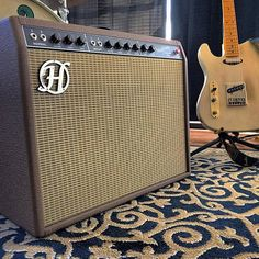 Headstrong Verbrovibe Amp hand wired point to point replica clone of 1963 Fender Vibroverb Amp — Headstrong Amplifiers boutique handwired Fender style tube amps