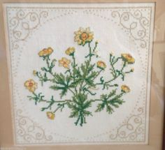 Yellow Flowers Cross Stitched Daisies Bouquet Framed Wall Plaque Vtg. Handmade