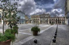 Plaza Vieja, Havana, Cuba.
