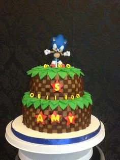 Sonic the hedgehog cake Sonic Birthday Cake, Sonic Cake, Sonic Birthday Parties, Sonic Party, 9th Birthday, Birthday Cakes, Birthday Ideas, Sonic The Hedgehog Cake, Cakes For Boys