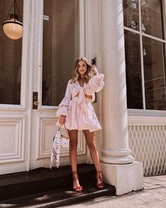 Best Outfit Styles For Women - Fashion Trends Summer Fashion Outfits, Spring Outfits, Cool Outfits, Ethnic Fashion, Trendy Fashion, Everyday Dresses, Colourful Outfits, Street Style, Clothes For Women