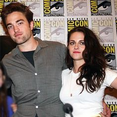 Kristen Stewart has finally convinced her boyfriend Robert Pattinson to take ballroom dancing lessons, but the 'Twilight' hunk is ''terrible'' at it.