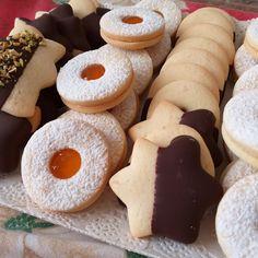 Biscuits, Gingerbread Cookies, Christmas Cookies, Felt Cake, Pastel Party, Cakes And More, Street Food, Sugar Cookies, Doughnut
