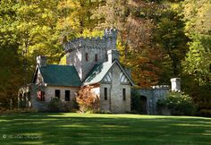 Squires Castle is located in the North Chagrin Reservation of the Cleveland Metroparks in Willoughby Hills, Ohio   A very cool place!!!